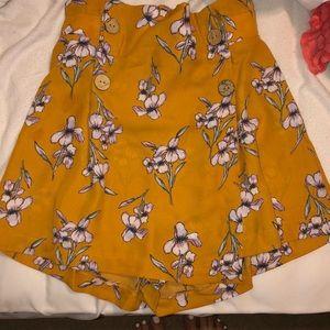 High rise shorts/skirt